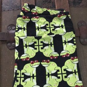 Lularoe TC Frog Leggings